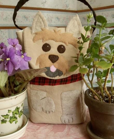 Btey Dog Cairn Terrier Lunch Bag.