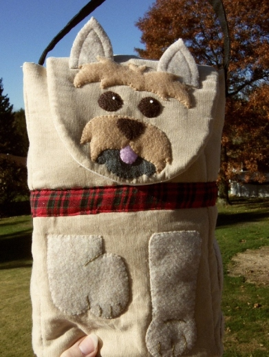 Bitey Dog Cairn Terrier Lunch Bag