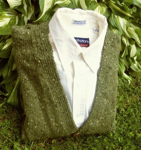 Handmade olive green tweed cardigan for men.
