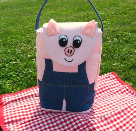 Pig in overalls lunch bag